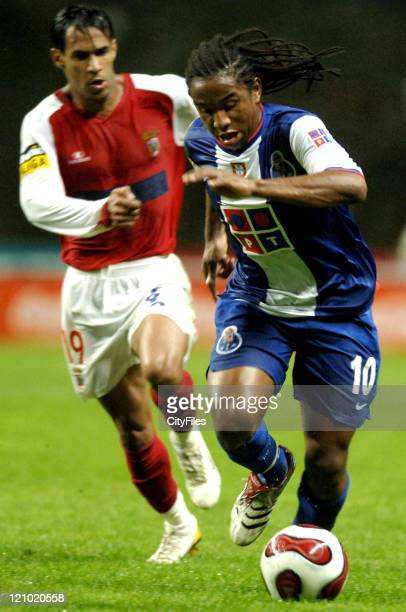 Anderson of FC Porto against Maciel of Sporting Braga during their Portuguese League soccer match Monday October 2 at the Municipal Stadium in Braga...