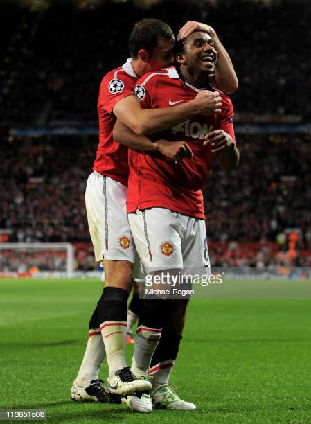 Anderson of Manchester United celebrates scoring his team's third goal with team mate Darron Gibson during the UEFA Champions League Semi Final...