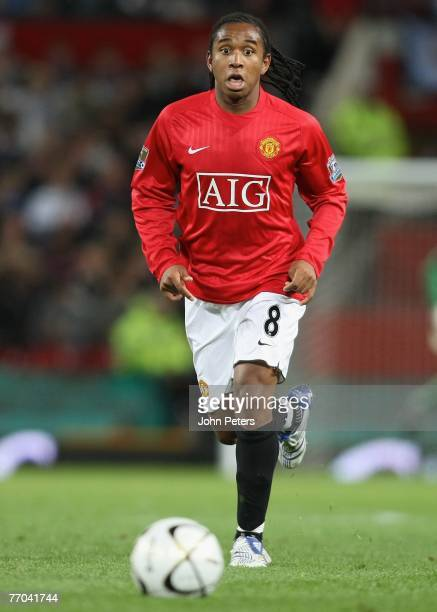 Anderson of Manchester United in action during the Carling Cup match between Manchester United and Coventry City at Old Trafford on September 26 2007...