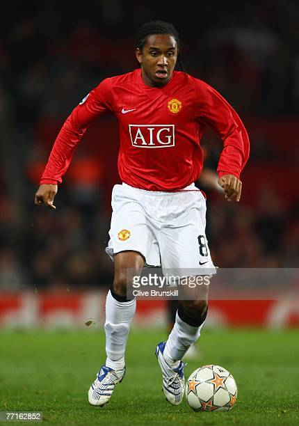 Anderson of Manchester United in action during the UEFA Champions League Group F match between Manchester United and AS Roma at Old Trafford on...