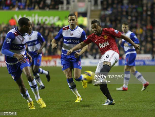 Anderson of Manchester United scores their first goal during the Barclays Premier League match between Reading and Manchester United at Madejski...