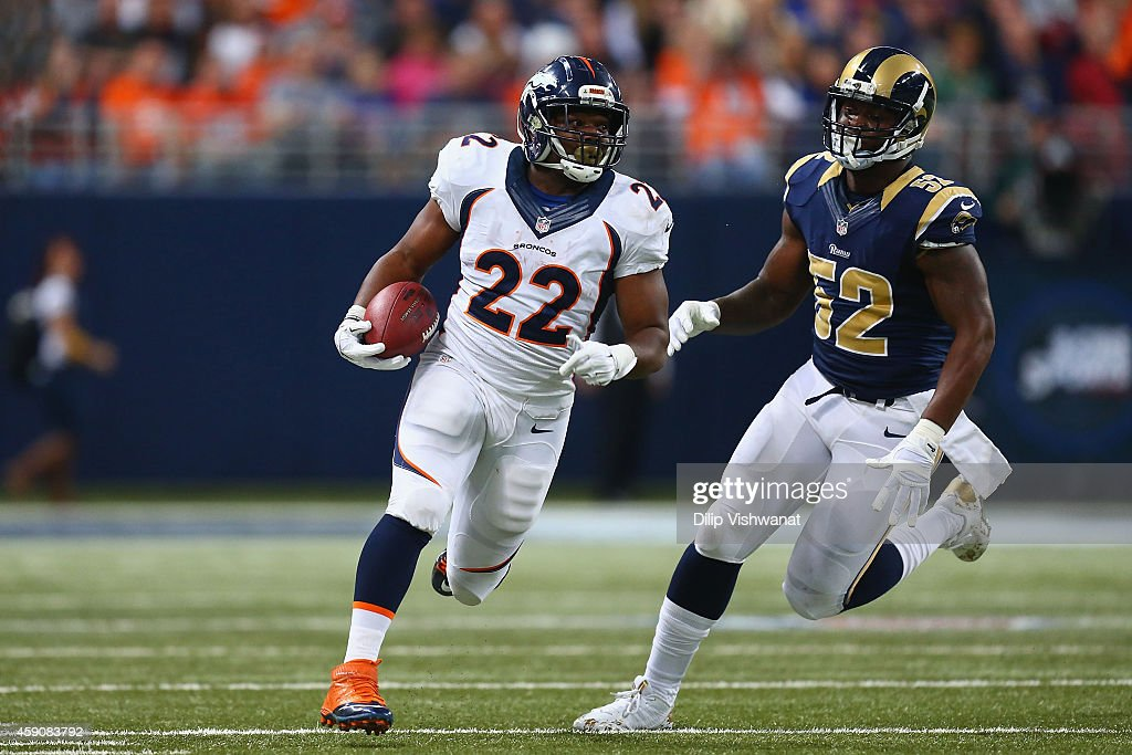Denver Broncos v St. Louis Rams : News Photo