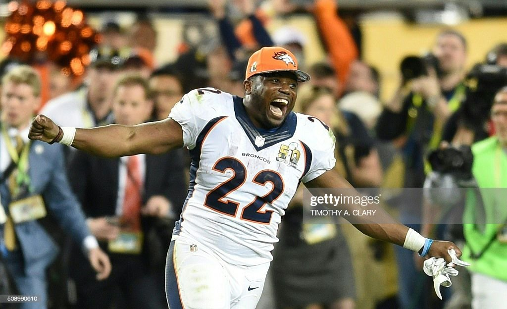 TOPSHOT - C. J. Anderson of the Denver Broncos celebrates after Super Bowl 50 at Levi's Stadium in Santa Clara, California February 7, 2016. The Broncos beat the Carolina Panthers 24-10. / AFP / TIMOTHY