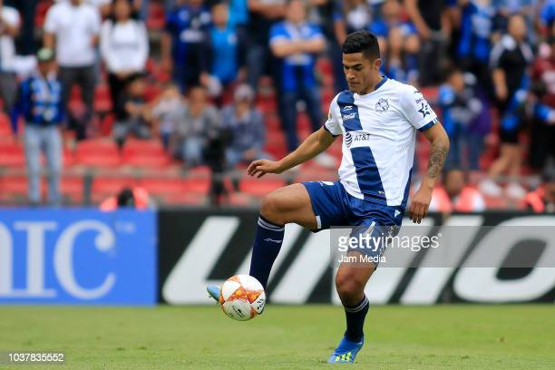 Anderson Santamaria of Puebla controls the ball during the 9th round match between Queretaro and Puebla as part of the Torneo Apertura 2018 Liga MX...