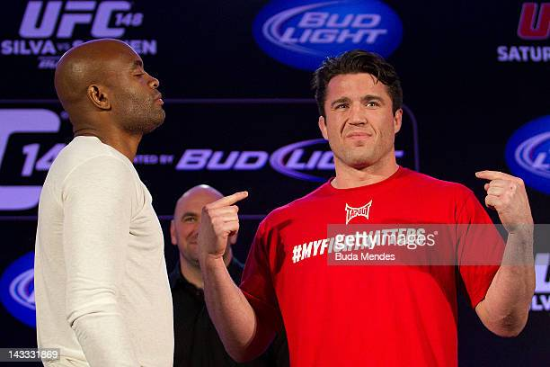 JANEIRO BRAZIL APRIL 24 Anderson Silva v Chael Sonnen during the press conference for UFC 148 at Windsor Hotel on april 24 2010 in Rio de Janeiro...