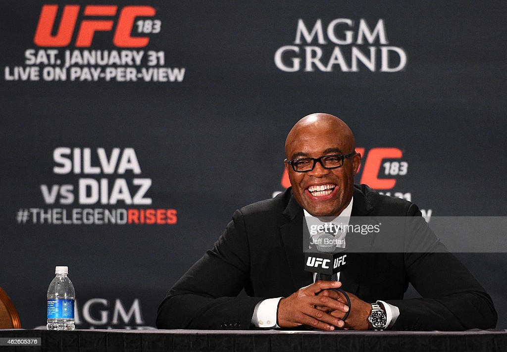 Anderson 'The Spider' Silva interacts with the media during the UFC 183 post fight press conference at the MGM Grand Garden Arena on January 31, 2015 in Las Vegas, Nevada.
