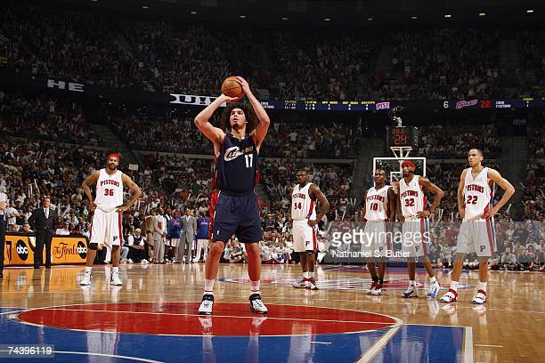 Anderson Varejao of the Cleveland Cavaliers shoots a free throw in Game Five of the Eastern Conference Finals against the Detroit Pistons during the...