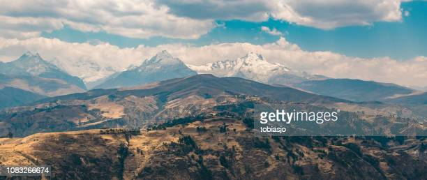 andes mountains in peru - dramatic landscape stock pictures, royalty-free photos & images