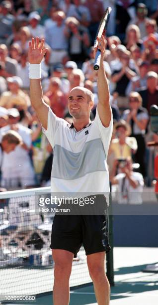 Andr Agassi shows his delight on winning the semifinal which he lost against Chang in 1996
