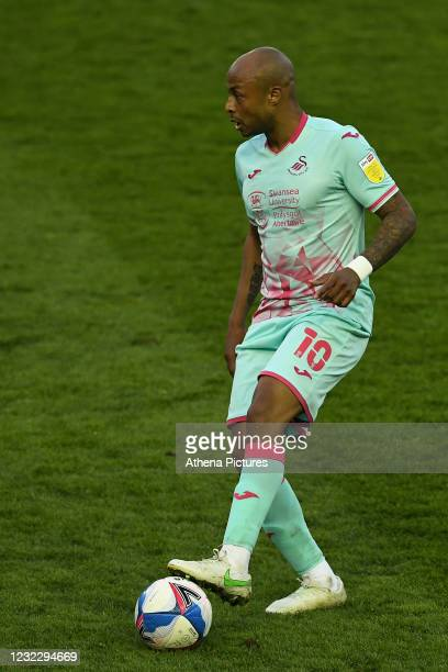 André Ayew of Swansea City during the Sky Bet Championship match between Sheffield Wednesday and Swansea City at the Hillsborough Stadium on April...