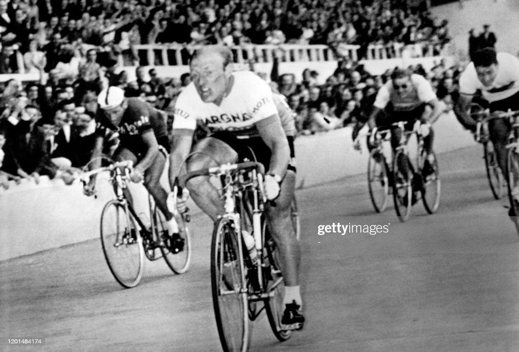 CYCLISME-TOUR DE FRANCE-1964 : Foto di attualità