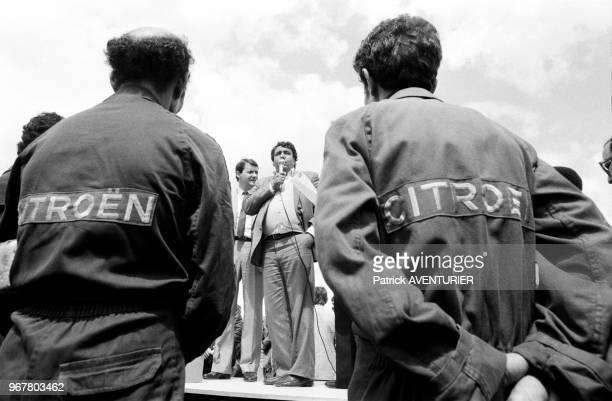 André Sainjon lors d'un meeting à l'usine Citroën d'Aulnay-sous-Bois pendant une grève le 23 mai 1984, France.
