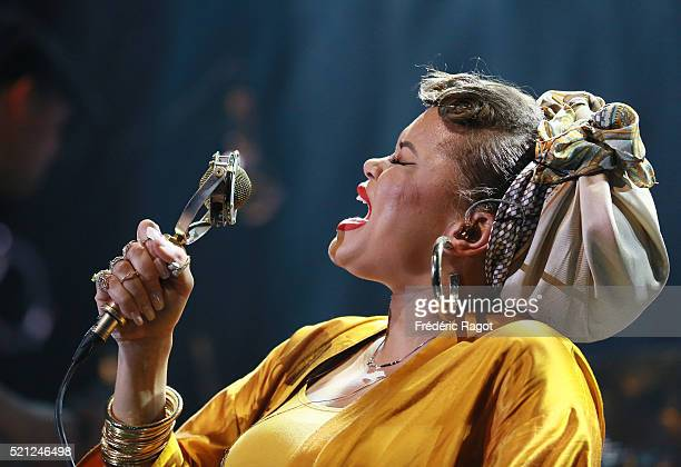 Andra Day opens for Leon Bridges at La Cigale on April 11 2016 in Paris France