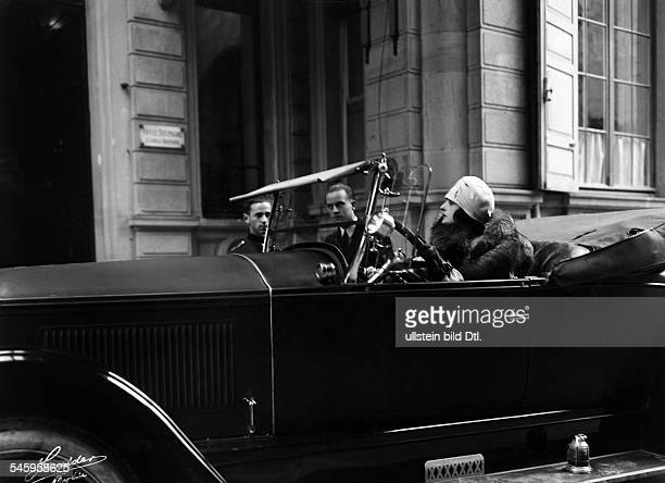 Andra Fern Actress USA *24111894 in a cabriolet 1926 Vintage property of ullstein bild