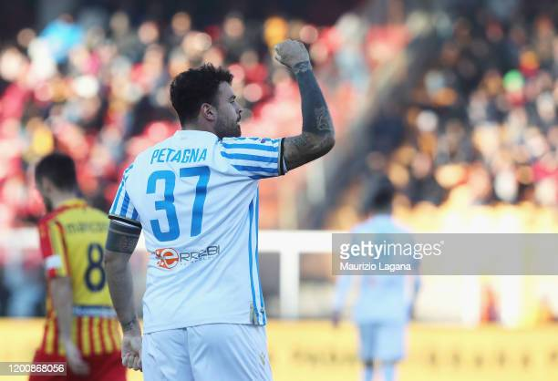 Andra Petagna of Spal celebrates after scoring his team's equalizing goal during the Serie A match between US Lecce and SPAL at Stadio Via del Mare...