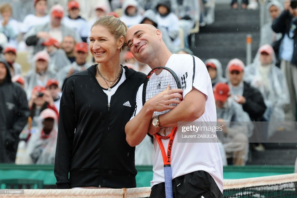 Andre Agassi and Steffi Graf in Roland-Garros for the Andre Agassi Foundation in Paris, France on June 06th, 2009. : News Photo