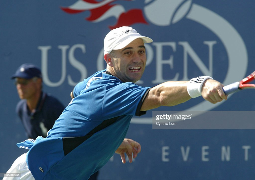 2005 US Open - Men's Singles - Second Round - Andre Agassi vs  Ivo Karlovic