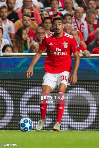 Andre Almeida of Benfica Lissabon controls the ball during the UEFA Champions League Group E match between SL Benfica and FC Bayern Muenchen at...