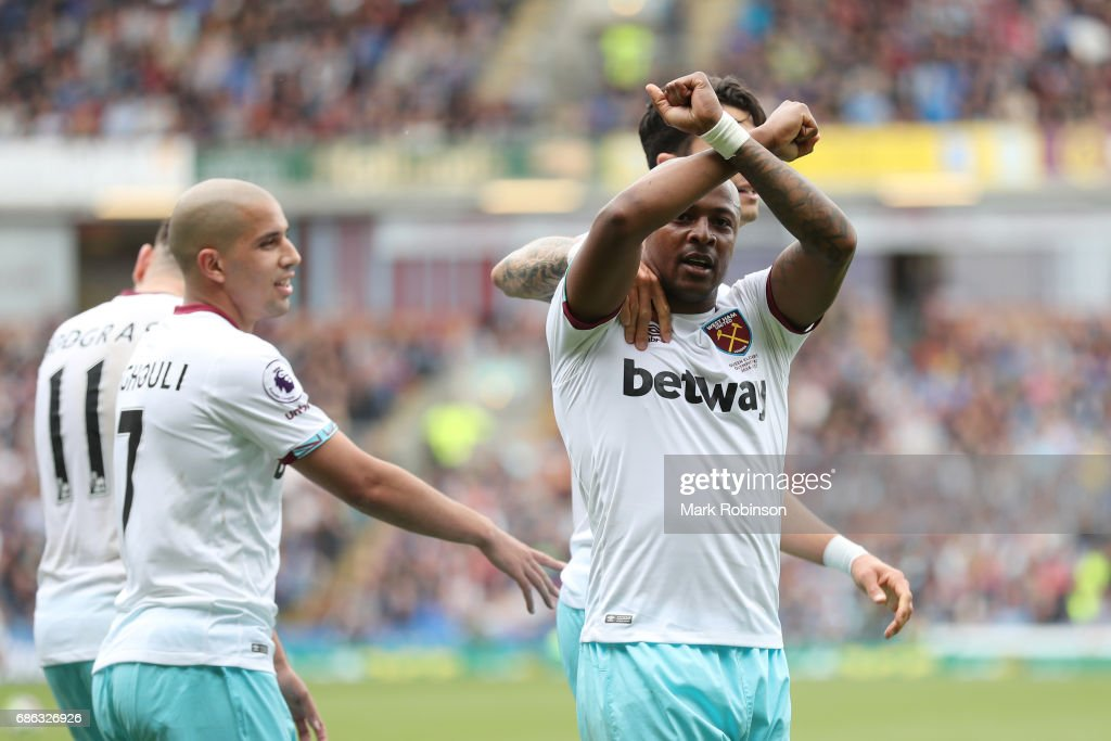 Andre Ayew o West Ham United celebrates scoring his sides second goal during the Premier League match between Burnley and West Ham United at Turf Moor on May 21, 2017 in Burnley, England.