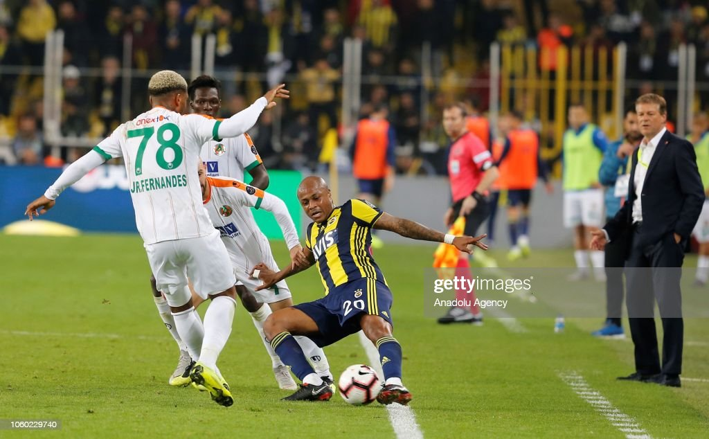 Fenerbahce vs Aytemiz Alanyaspor: Turkish Super Lig : News Photo