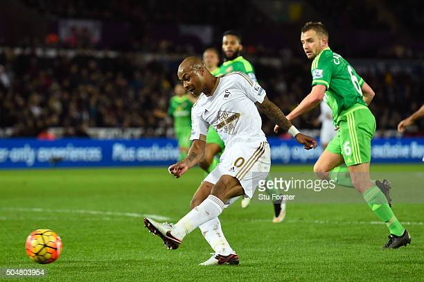 Andre Ayew of Swansea City scores his team's second goal during the Barclays Premier League match between Swansea City and Sunderland at the Liberty...