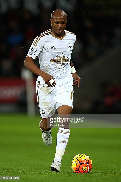 Andre Ayew of Swansea in action during the Barclays Premier League match between Swansea City and Leicester City at Liberty Stadium on December 5...