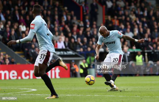 Andre Ayew of West Ham United scores his sides second goal during the Premier League match between Crystal Palace and West Ham United at Selhurst...