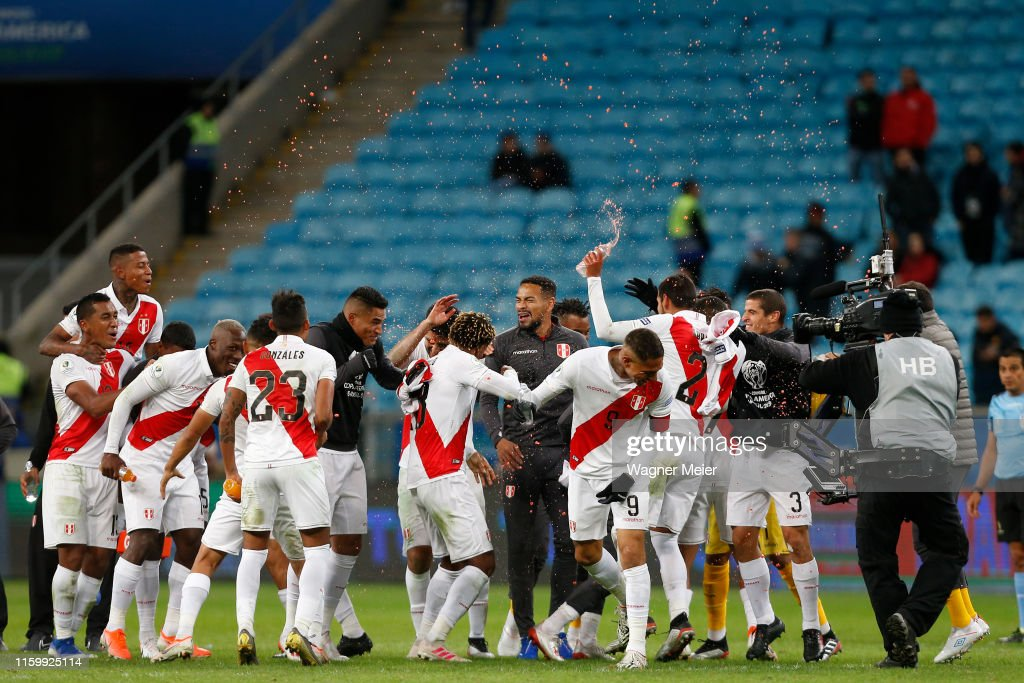 Chile v Peru: Semi Final - Copa America Brazil 2019 : Fotografía de noticias