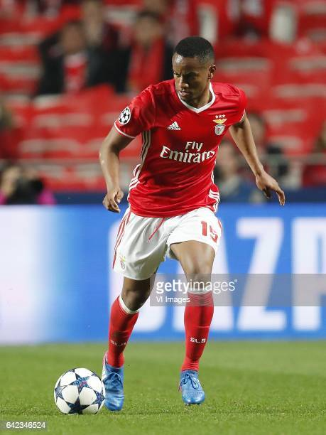 Andre Carrillo of SL Benficaduring the UEFA Champions League round of 16 match between SL Benfica and Borussia Dortmund on February 14 2017 at...