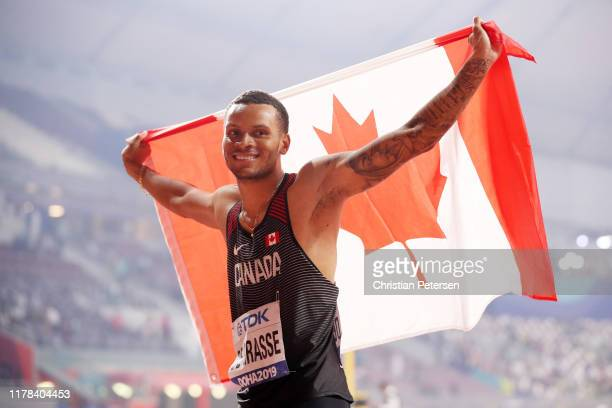 Andre De Grasse of Canada celebrates silver in the Men's 200 Metres final during day five of 17th IAAF World Athletics Championships Doha 2019 at...