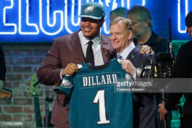 Andre Dillard poses with NFL Commissioner Roger Goodell after being selected by the Philadelphia Eagles with pick 22 on day 1 of the 2019 NFL Draft...