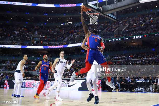 Andre Drummond of the Detroit Pistons shots the ball during a game between Dallas Mavericks and Detroit Pistons at Arena Ciudad de Mexico on December...