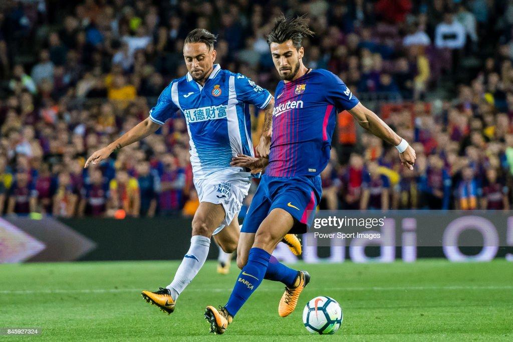 2017-18 La Liga - FC Barcelona vs RCD Espanyol : ニュース写真