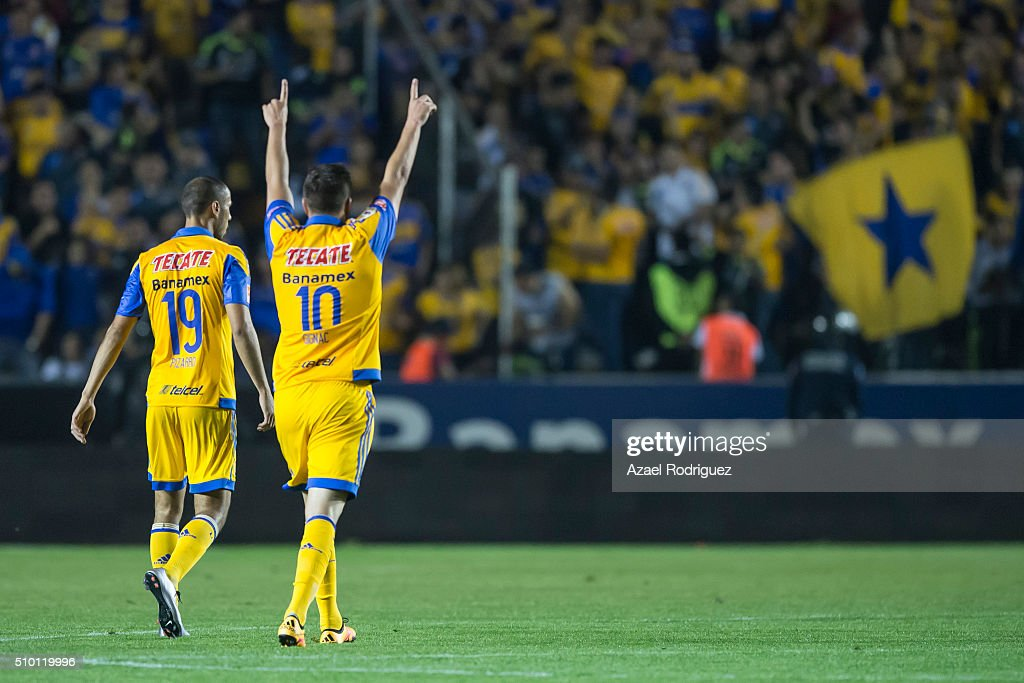 Tigres UANL v Tijuana - Clausura 2016 Liga MX : News Photo