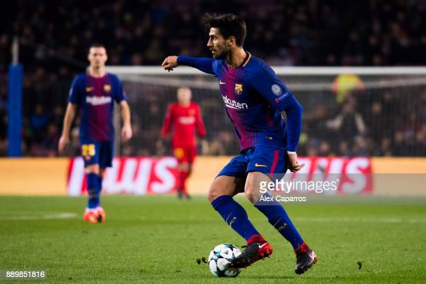 Andre Gomes of FC Barcelona controls the ball during the UEFA Champions League group D match between FC Barcelona and Sporting CP at Camp Nou on...