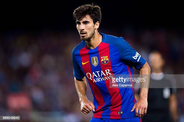 Andre Gomes of FC Barcelona looks on during the Joan Gamper trophy match between FC Barcelona and UC Sampdoria at Camp Nou on August 10 2016 in...