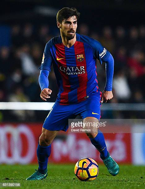 Andre Gomes of FC Barcelona runs with the ball during the La Liga match between Villarreal CF and FC Barcelona at Estadio de la Ceramica stadium on...