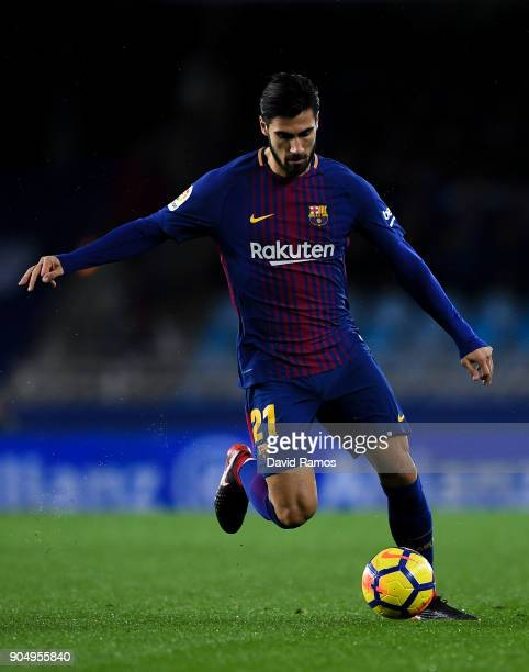 Andre Gomes of FC Barcelona runs with the ball during the La Liga match between Real Sociedad and FC Barcelona at Anoeta stadium on January 14 2018...