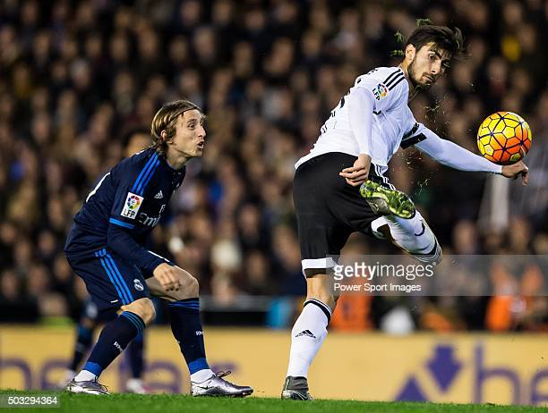Andre Gomes of Valencia CF being followed by Luka Modric of Real Madrid CF during the Valencia CF vs Real Madrid CF as part of the Liga BBVA 20152016...