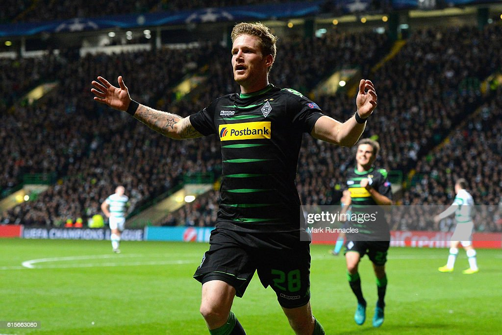 Andre Hahn of Borussia Moenchengladbach celebrates after scoring his team's second goal of the game during the UEFA Champions League group C match between Celtic FC and VfL Borussia Moenchengladbach at Celtic Park on October 19, 2016 in Glasgow, Scotland.