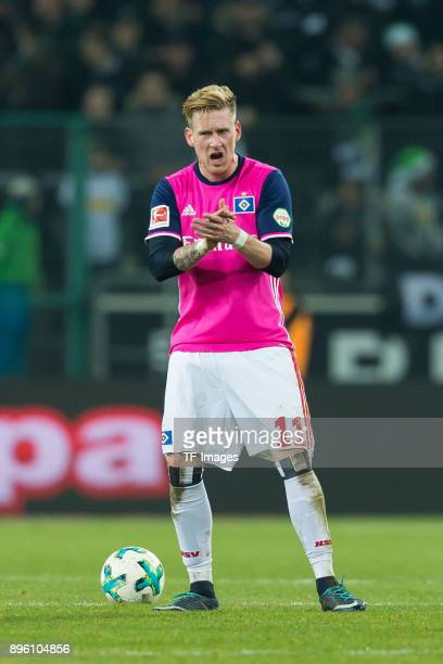 Andre Hahn of Hamburg gestures during the Bundesliga match between Borussia Moenchengladbach and Hamburger SV at BorussiaPark on December 15 2017 in...