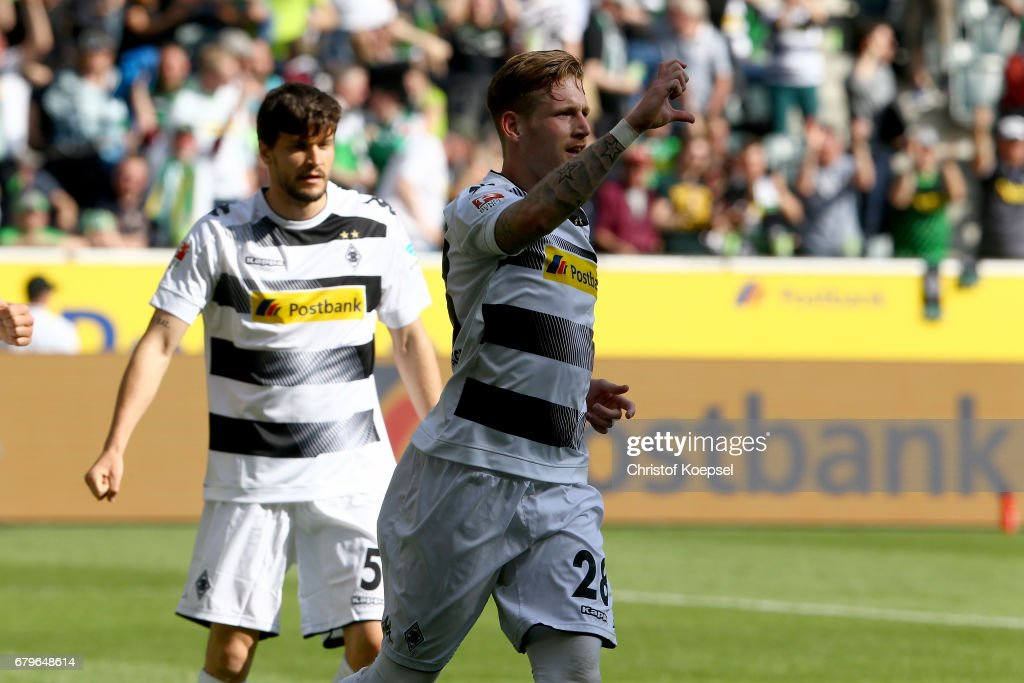Andre Hahn of Moenchengladbach celebrates the first goal during the Bundesliga match between Borussia Moenchengladbach and FC Augsburg at Borussia-Park on May 6, 2017 in Moenchengladbach, Germany.