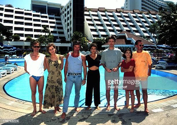 Andre Hennicke Anja Kling Oliver Tobias Gerit Kling Reiner Heise Lisa Wolf und Manfred Lehmann ZDFSerie Verschollen in Thailand Pilotfilm Hotel Royal...