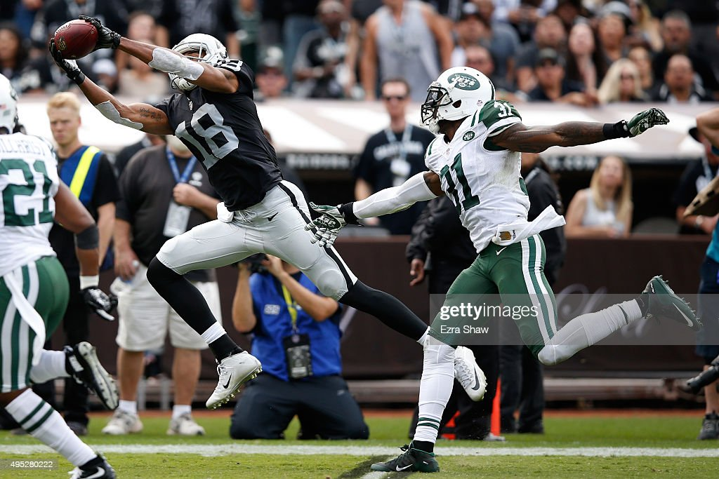 New York Jets v Oakland Raiders