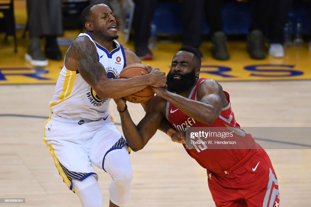 Houston Rockets v Golden State Warriors - Game Three : News Photo