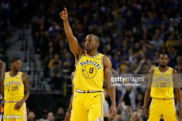 Andre Iguodala of the Golden State Warriors gives directions during the game against the Phoenix Suns at ORACLE Arena on March 10 2019 in Oakland...
