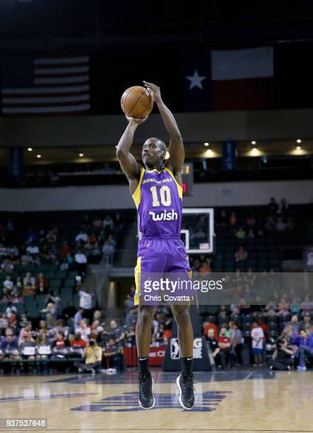 Andre Ingram of the South Bay Lakers shoots the ball against the Austin Spurs during the NBA GLeague on March 24 2018 at the HEB Center At Cedar Park...