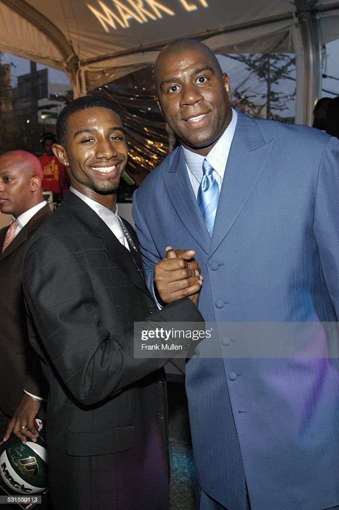 "Lincoln Luxury Event with Earvin ""Magic"" Johnson and New Edition : News Photo"