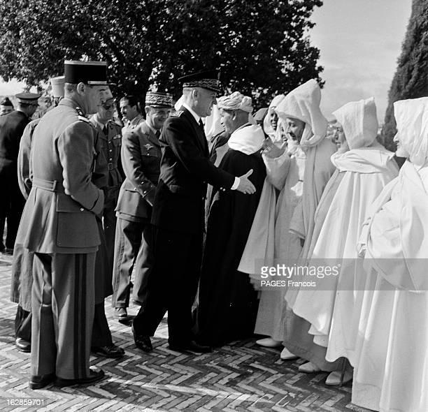 Andre Louis Dubois En decembre 1955 le haut fonctionnaire et préfet de Police de la seine Andre Louis DUBOIS en tournée au Maroc Ici devant trois...