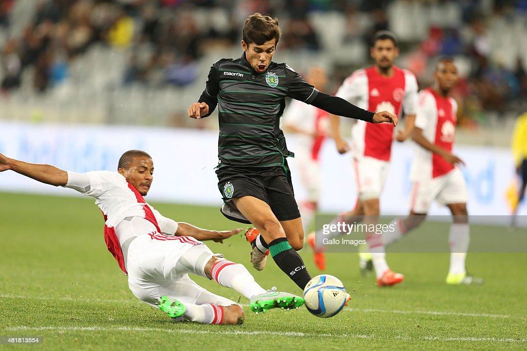 2015 Cape Town Cup:  Ajax Cape Town v Sporting Lisbon : News Photo